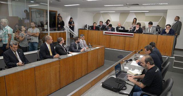 Representantes de órgãos ambientais foram negligentes na fiscalização da Vale em Brumadinho, acusam deputados