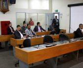 A balbúrdia mudou de lado na Câmara: vereadores batem boca e não se entendem em plenário