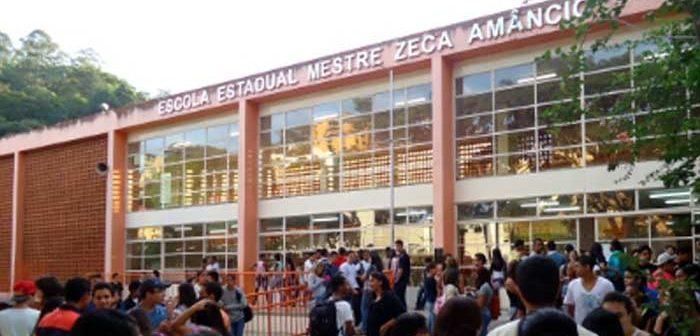 Segunda maior escola pública de Itabira, a EEMZA faz 70 anos e é homenageada na Câmara Municipal