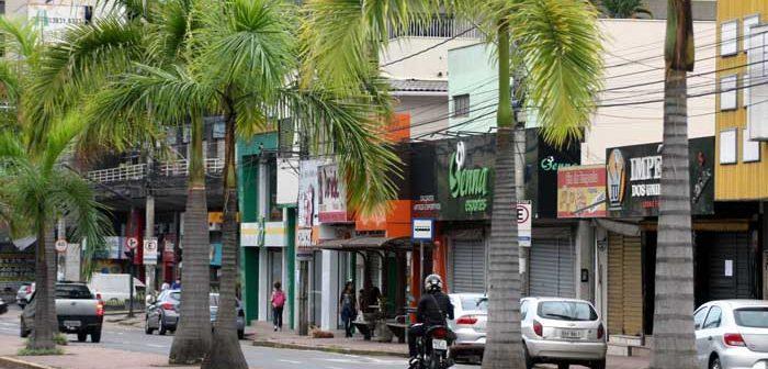 Dirigentes da CDL erram o alvo ao pressionar pela reabertura do comércio em plena pandemia