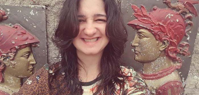 Amigos promovem ação solidária para ajudar Miriane Cruz, que sofre com rara doença cerebral